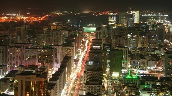 100 مليار دولار لتنفيذ مشاريع البنية التحتية في أبوظبي