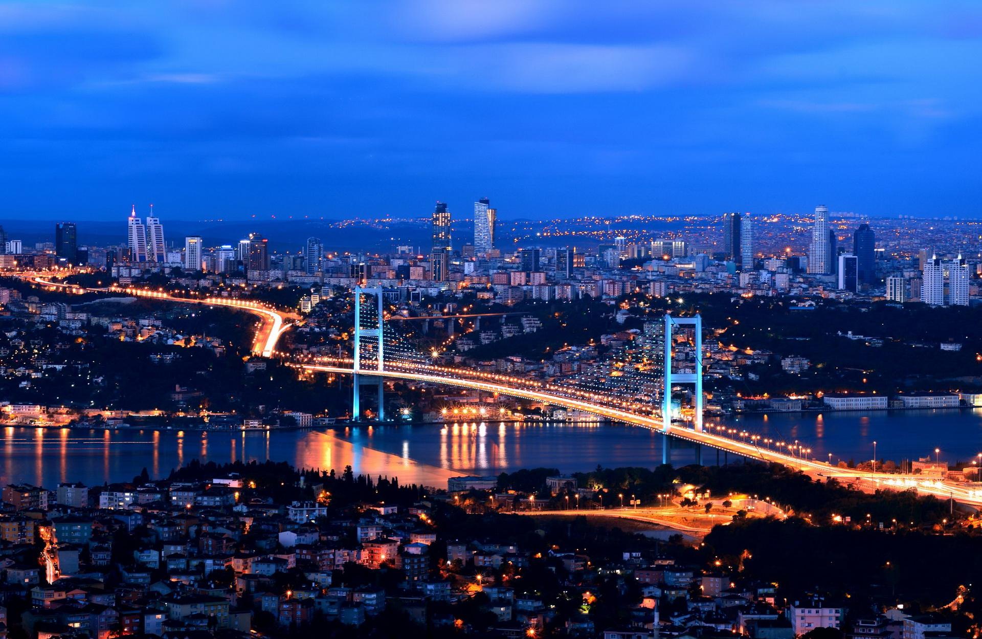 الإماراتيون يملكون 300 ألف قدم مربع في تركيا