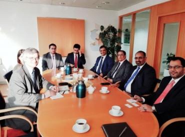 """مصادر يمنية: أبوظبي تنسق لقاءً يضم قادة """"المجلس الانتقالي بممثلين دوليين"""