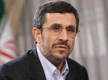 أحمدي نجاد يطالب خامنئي بانتخابات رئاسية ونيابية مبكرة