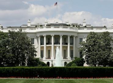 البيت الأبيض: الغوطة تتعرض لتدمير ممنهج وتجويع