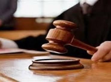 محاكمة عصابة حاولت تهريب سيارات مستأجرة بوثائق مزوّرة