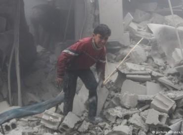 سوريا.. طائرات النظام تضرب الغوطة الشرقية رغم الهدنة الروسية