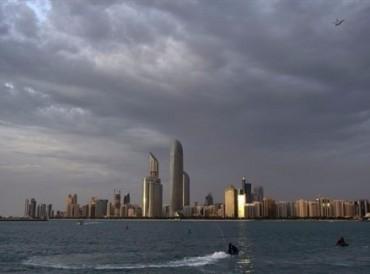 توقعات الأرصاد: سحب ركامية محملة بالأمطار على السواحل والمناطق الشمالية