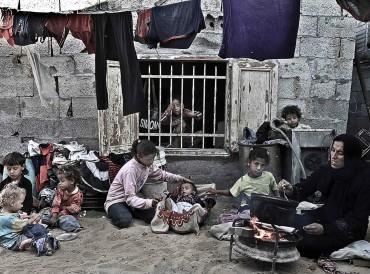 تقرير حقوقي: غزة أمام خطر جدي يتطلب تدخلاً عاجلاً قبل الانهيار
