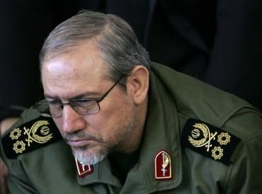 مستشار خامنئي يلوح بحرب إيرانية ضد أفغانستان والعراق
